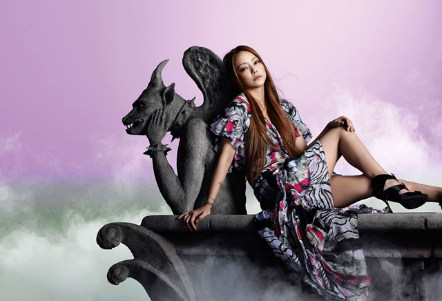 Namie Amuro -Sit!Stay!Wait!Down! / Love Story (Single) 07.12.2011 NAKEDAmuroNamiePROMO