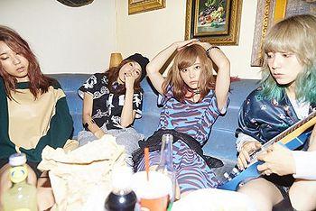 scandal single sisters - review full album downlad mp3